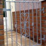 Sectional sliding gate 1